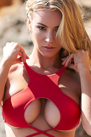 Gorgeous Blonde Bryana Holly Photo Selection